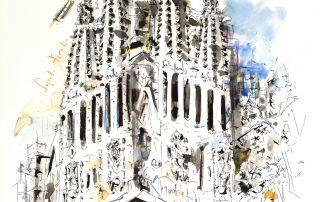 el templo de la sagrada familia desde la plaza gaudi de barcelona-barcelonink